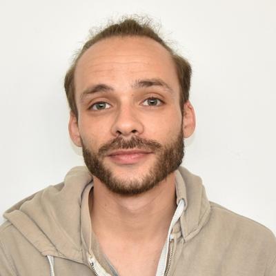 Mathieu FRUCHET Ingénieur Système et Réseaux Informatiques
